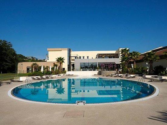 Hotel Sophia Country Club : Pool