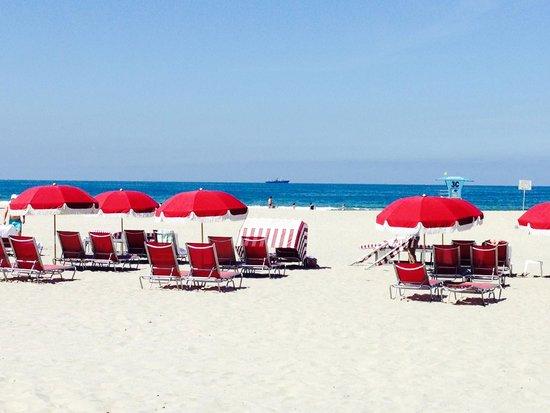 Hotel del Coronado: Beach Rentals at Hitel Del