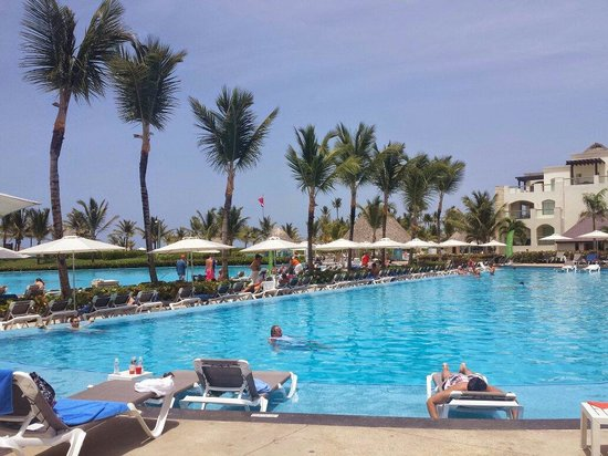 Hard Rock Hotel & Casino Punta Cana: One of the 15 pools