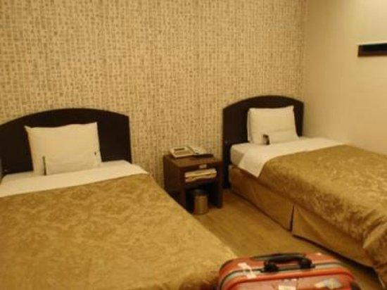 M. Biz Hotel: 部屋