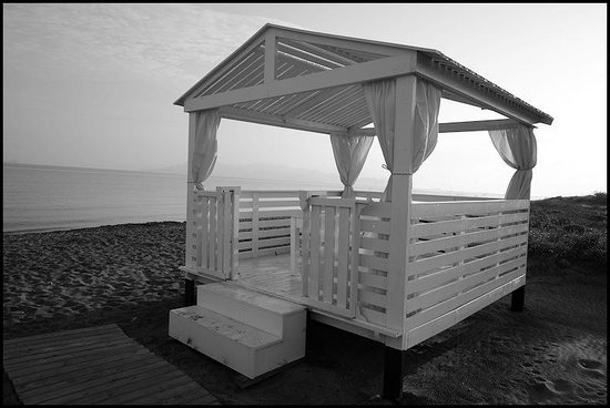 Diamond Deluxe Hotel & SPA - Adults Only : On the beach, ready for massages ?