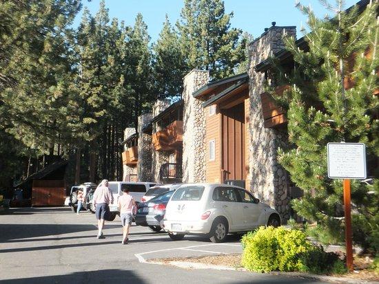 3 Peaks Resort & Beach Club : Exterior of resort