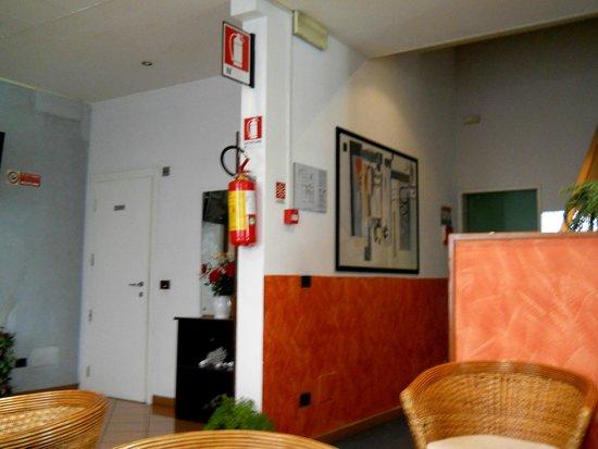 Hotel Losanna : вид холла