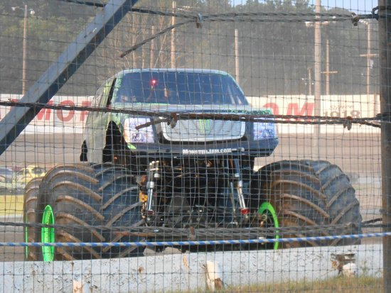 Lebanon I-44 speedway: car show
