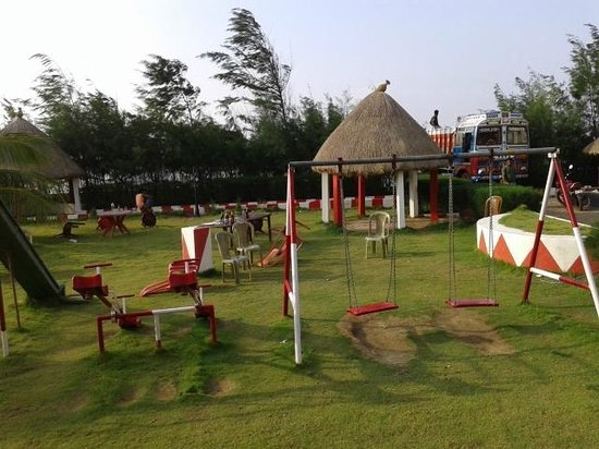 The Candlewood Park beach resort: GOOD PLAY GROUND FOR CHILDREN AND FAMILY