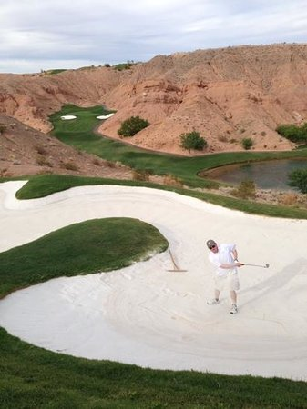 Wolf Creek Golf Club: Getting in a bunker can be death to your score.