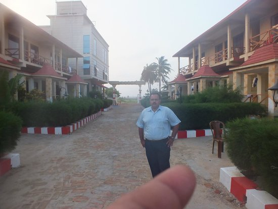 The Candlewood Park beach resort: TOTAL HOTEL COMPLEX IS VRY CLEAN AND SECURITY