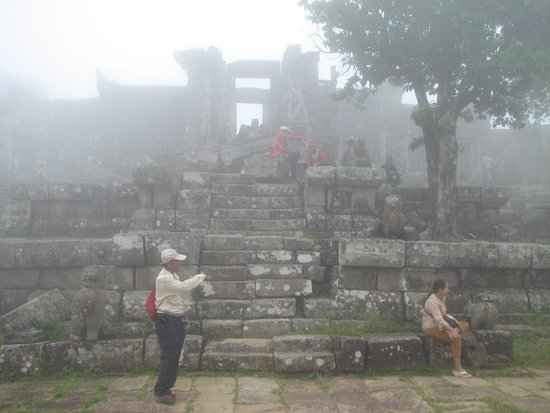 Cambodian Tour Guide Services: Sowanna showing us around preah vihear