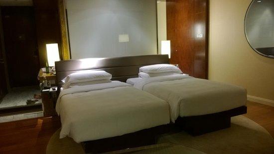 Traders Hotel, Kuala Lumpur : в номере