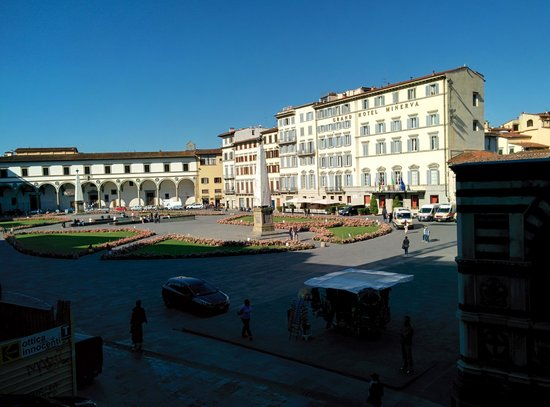 Domus Florentiae Hotel: View of the Piazza from the room