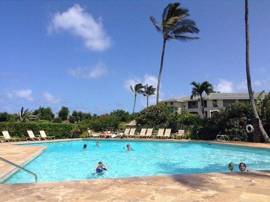 Poipu Sands Condominuims - Poipu Kai by TPC: Poipu Sands pool.  8 foot at the deep end