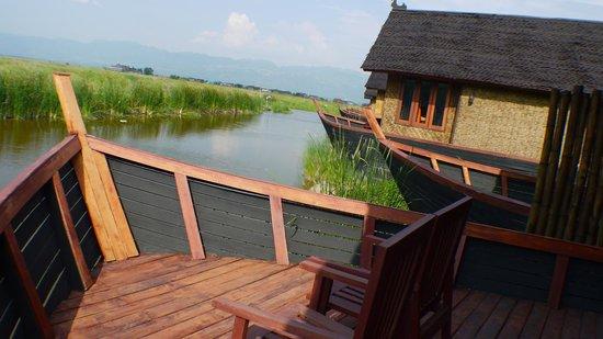 Pristine Lotus Resort : Pristine Lotus Spa - Floating Duplex