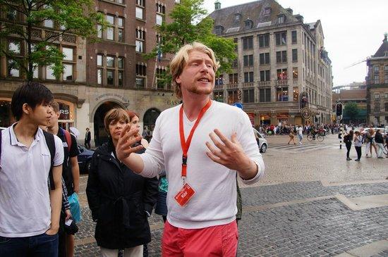 SANDEMANs NEW Europe - Amsterdam : Kor The Fantastic Tour Guide