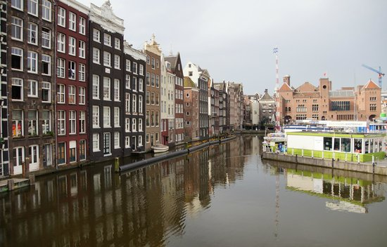 SANDEMANs NEW Europe - Amsterdam: The beautiful canal's