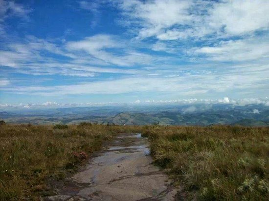 Parque Estadual do Ibitipoca: Trilha para a Janela do Céu