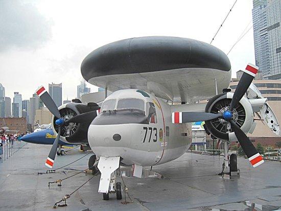 Intrepid Sea, Air & Space Museum : самолет-разведчик