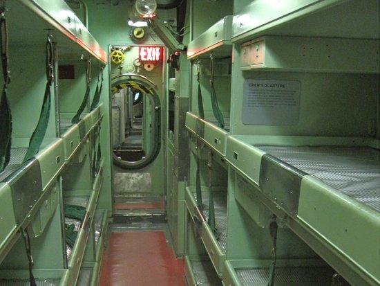 Intrepid Sea, Air & Space Museum : подводная лодка
