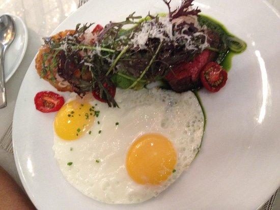 Hawksworth Restaurant: Steak & eggs