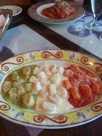 Caruso's Tuscan Cuisine : Gnocchi
