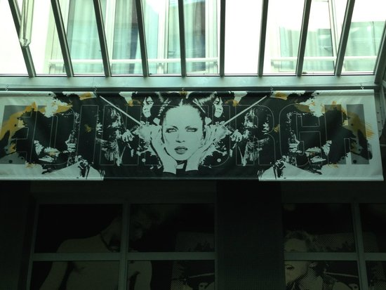 St Christopher's Gare du Nord Paris : Shirley Manson in the bar
