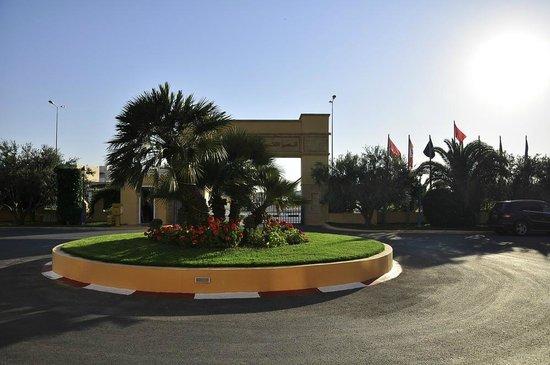 Nour Palace Resort : widok na zewnątrz hotelu