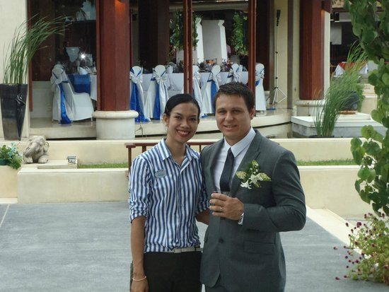 Pavilion Samui Villas & Resort: Ms Jang with my fiance (now hubby!)