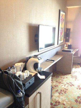 Eastparc Hotel : 6th Floor suite