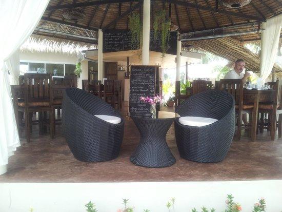 Angkana Hotel Bungalows: restaurante
