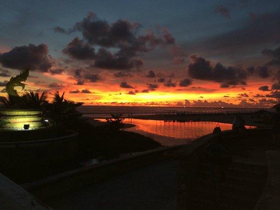 Karon Beach: Июнь 2014 Закат на Карон