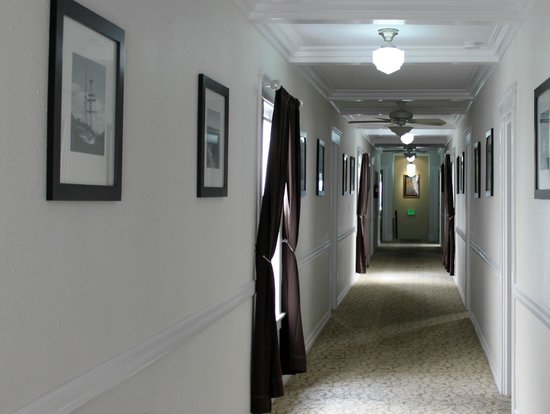 The Edgewater: Our long hallway