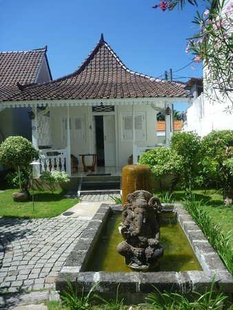 Hotel Puri Tempo Doeloe: gladak cottage
