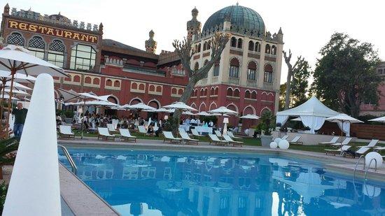 Hotel Excelsior: Stupendo hotel...5 stelle di lusso classe eleganza attenzione al dettaglio e cordialità.  Racch