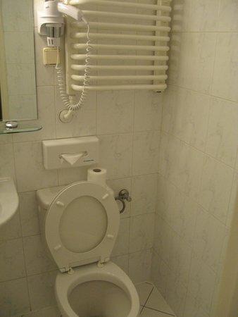 MDM Hotel: 3