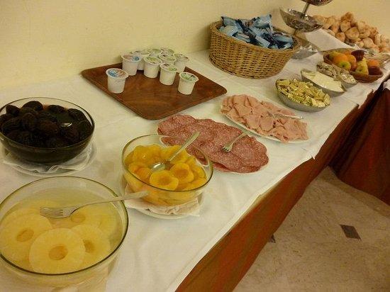 Hotel Centro Roma: 朝食