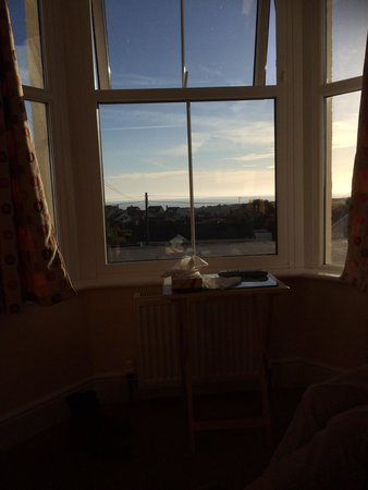 Mounts Bay Guest House : Bay window