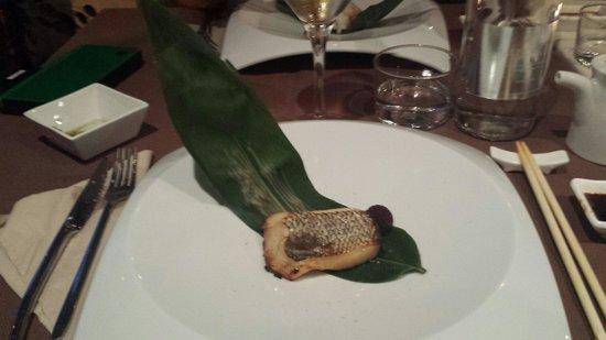 Basara Milano - Sushi Pasticceria : Cosa si fa con il riso che rimane dopo la preparazione del sake??? Si aromatizza questo pesce po