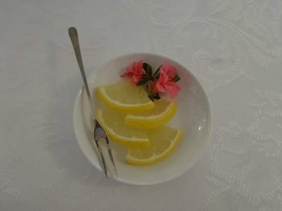 Tea & Niceties: Presentation :)