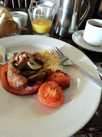 Old Ship Aground: Cooked breakfast
