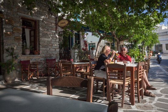 Platsa: Sit outside in the leafy centre of Filoti