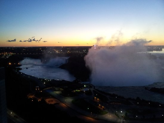 Niagara Falls Marriott on the Falls: 清晨