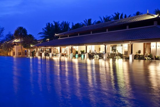 JW Marriott Phuket Resort & Spa: The Sala Sawasdee Bar