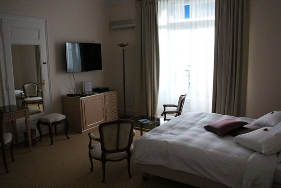 Hotel du Grand Lac Excelsior: Room at Grand Hotel Excelsior