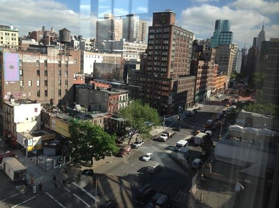The Bowery Hotel : view from corner room, 8th floor