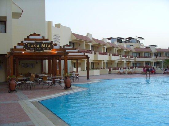 The Grand Plaza Hotel & Resort: Kleiner Innenpool