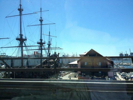 NH Collection Genova Marina: L'hotel accanto al Galeone
