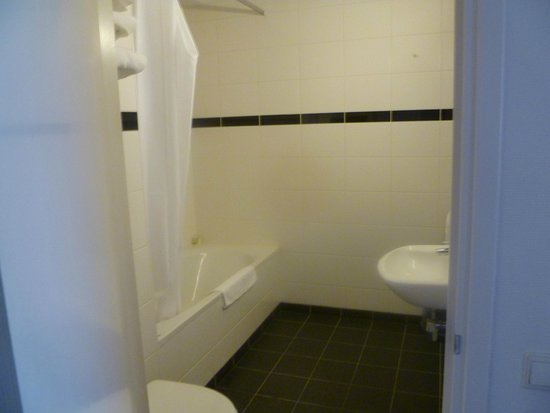 Best Western Amsterdam Airport Hotel : bathroom