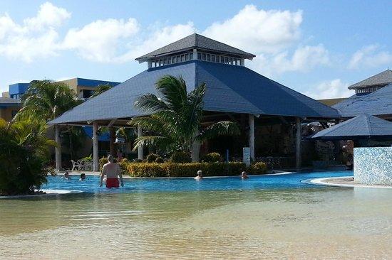 Hotel Playa Costa Verde: Blau Costa Verde Beach Resort Pool