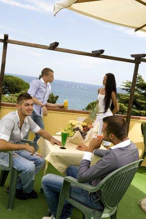 Hotel Silvano: Colazione in terrazza