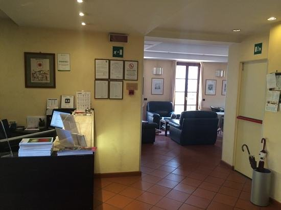 Hotel Duomo Firenze: Reception