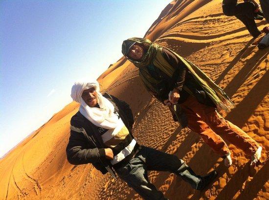 Cafe Tissardmine: Youssef and Jan at start of our trek into Erg Chebbi